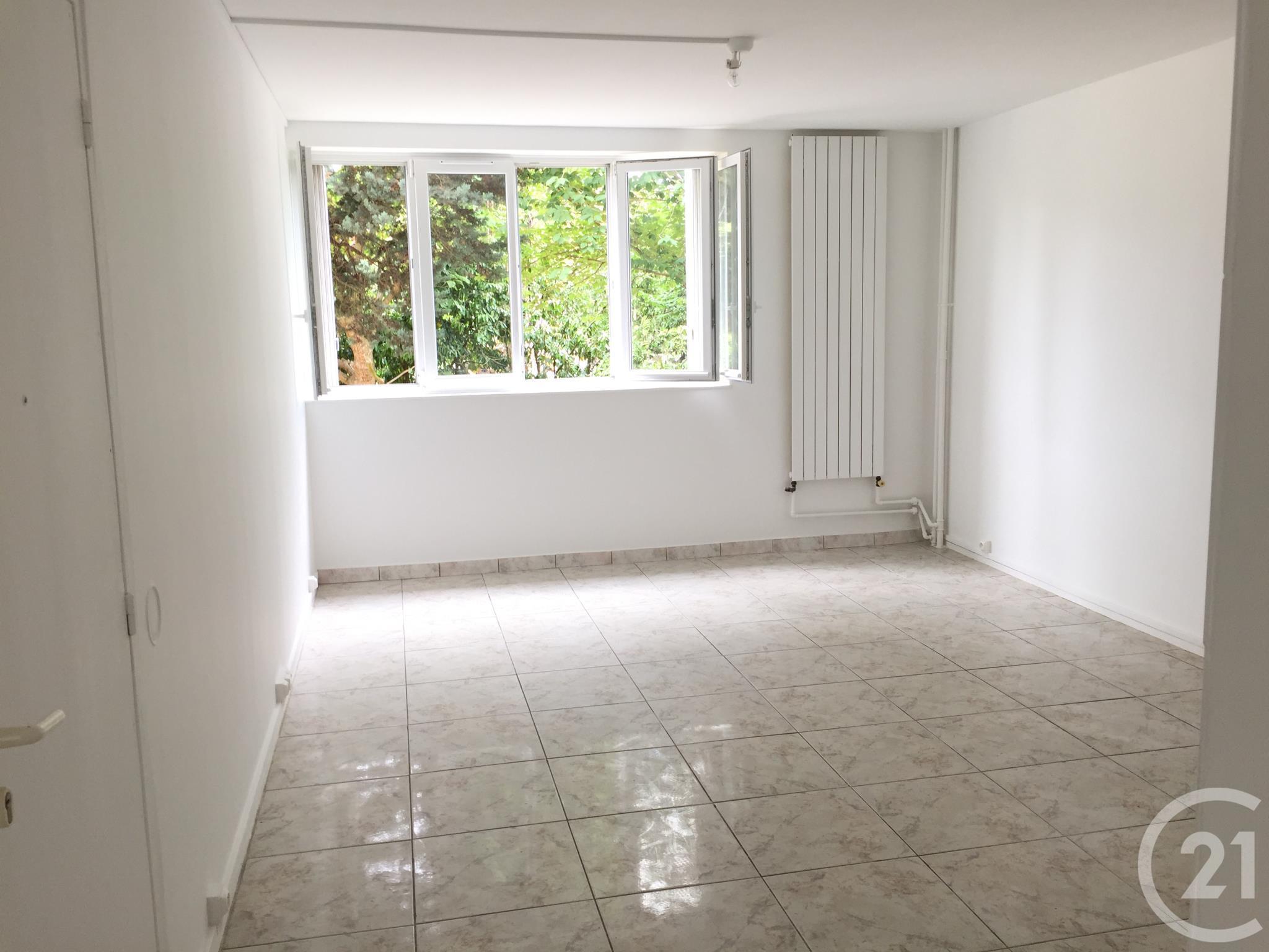 appartement f2 vendre 2 pi ces 41 m2 villejuif 94 ile de france. Black Bedroom Furniture Sets. Home Design Ideas